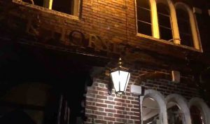 most-haunted-place-In-england-black-horse-pub
