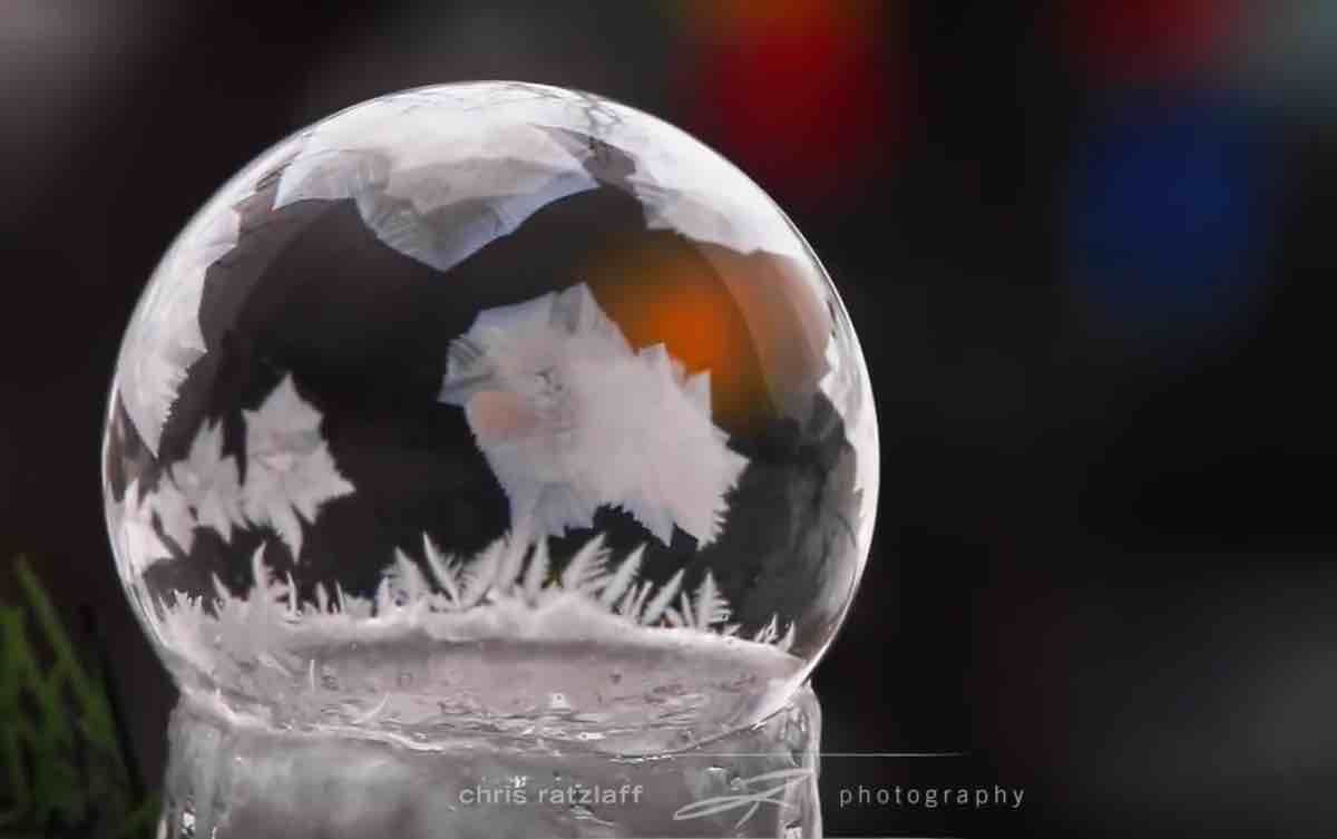 Freezing Bubbles