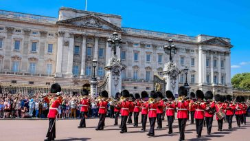 buckingham-palace-for-sale